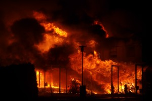 Fd möbelaffär brinner i Listerby