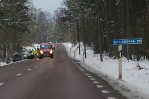 Bil av vägen Fur Rv 28
