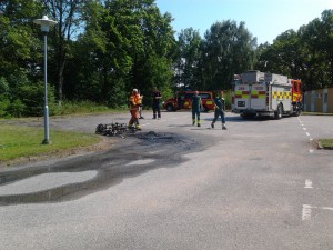Brand i moped motell Rosenbom