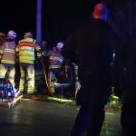Trafikolycka två fastklämda