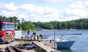 Segelbåt tar in vatten
